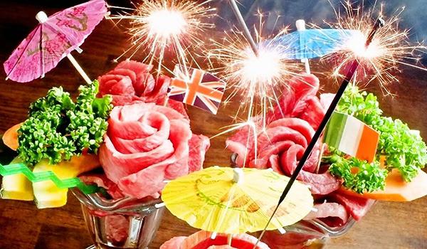 誕生日&記念日でのサプライズに最適!【名物!肉パフェ】
